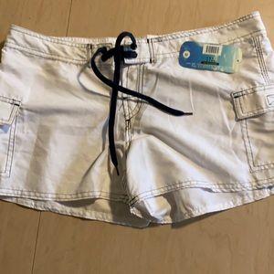 Kanu Surf white Keri shorts